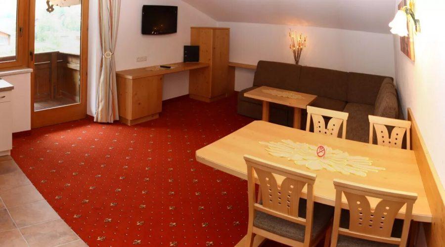 Bild11-Wohnzimmer_Top5-Zimmer