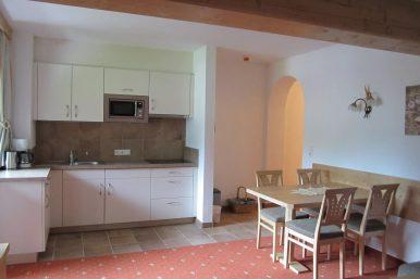 Bild9-Küche_Top6-Zimmer
